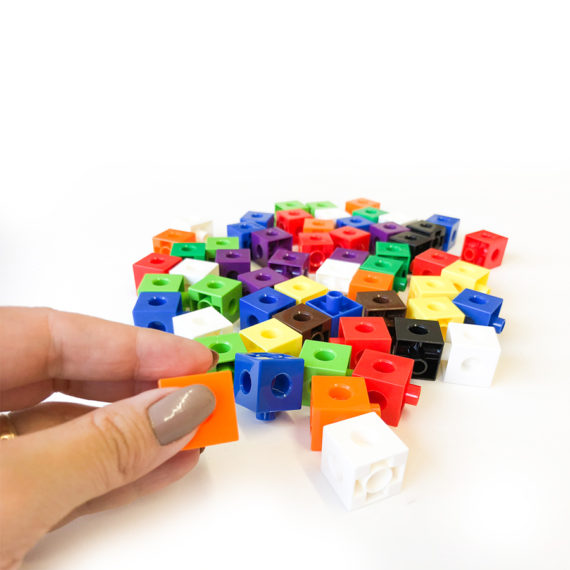 A067-A - Cubos de encaixe (Linked Cubes) 4